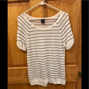 Womens Gap knit top Large